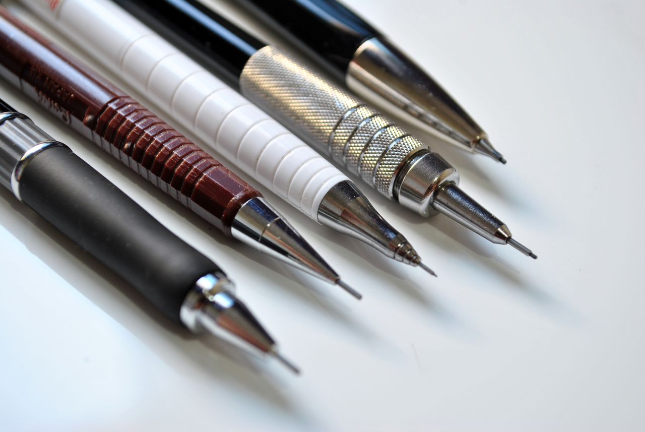 Lapiseira para desenho realista